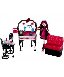 Monster High jídelna a panenka Draculaura