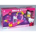 Hello Kitty módní přehlídka